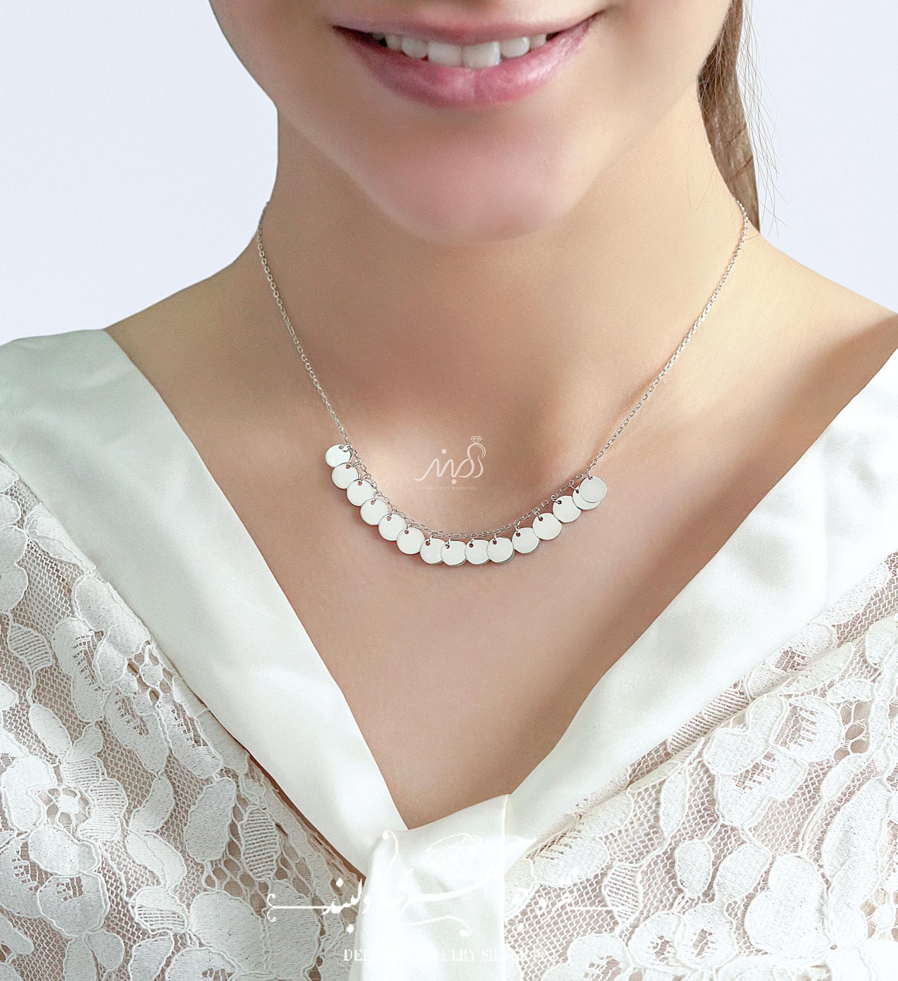 💍گردنبند طرح جواهر پرطرفدار سکه ای ؛ با طراحی زیبا نقره عیار ۹۲۵ با روکش طلا سفید(G_3065)