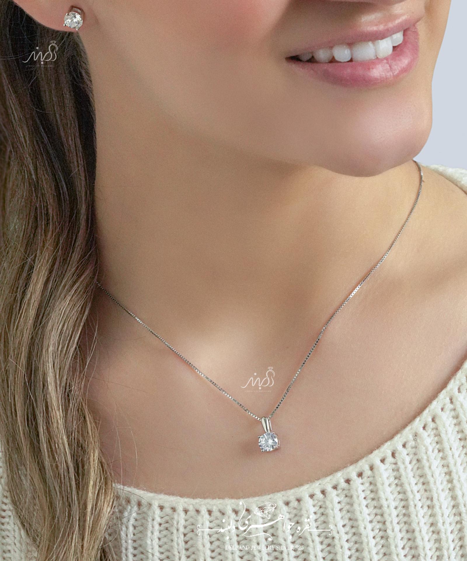 💍نیمست جواهری تك نگين گرد(آويز و گوشواره) با طراحی ژورنالی جواهرات بروز دنیا ؛ نقره عیار ۹۲۵ (N_4113)